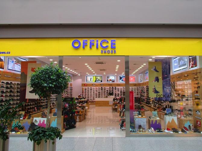 OC Olympia Brno Brno obchody - Converse 69090d28bee